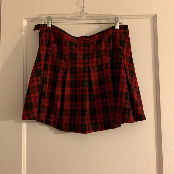 H&M Dresses & Skirts - Plaid skirt